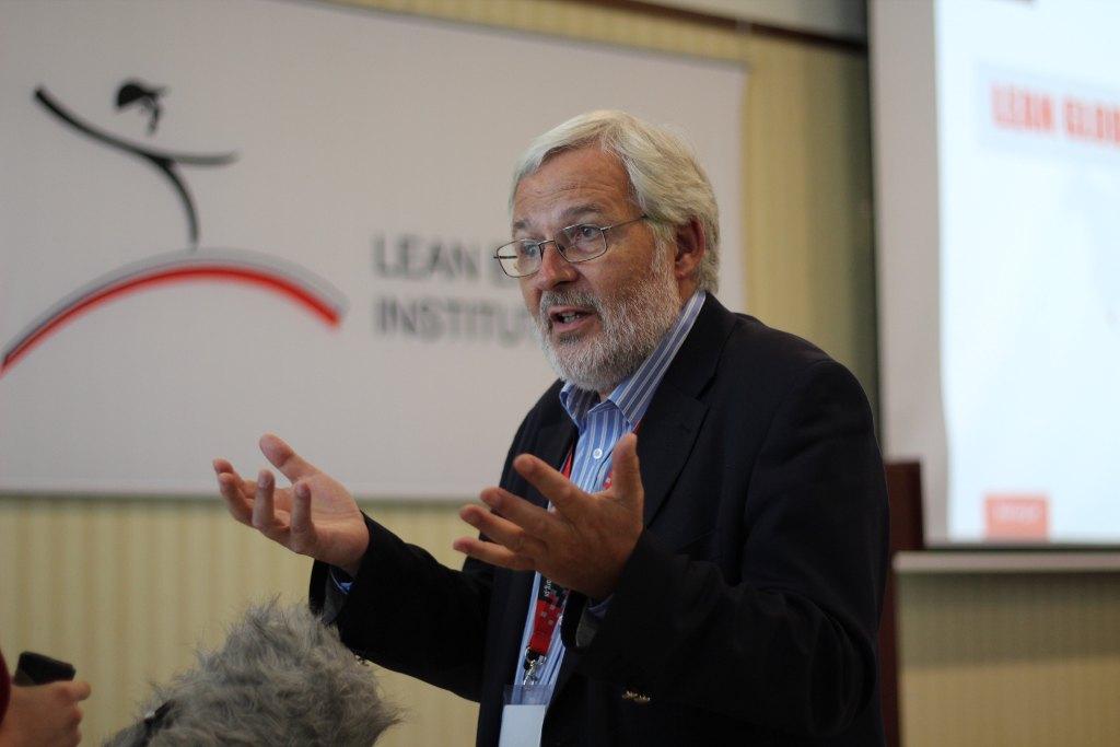 Prof. Dan Jones
