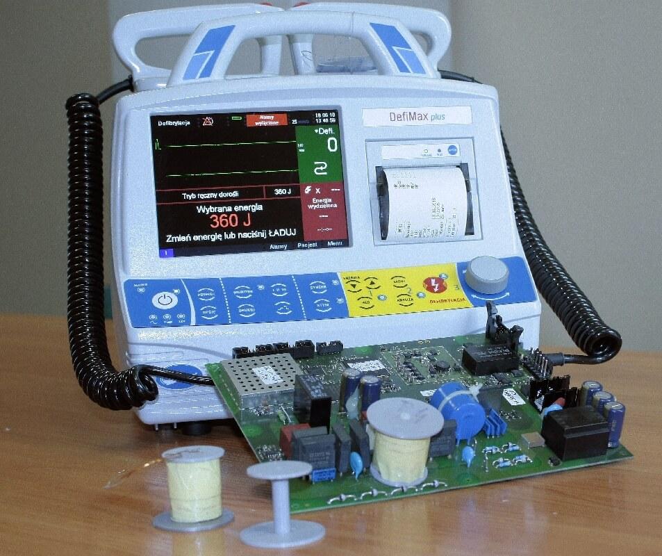Dławik do defibliratora wtechnologii druku 3d