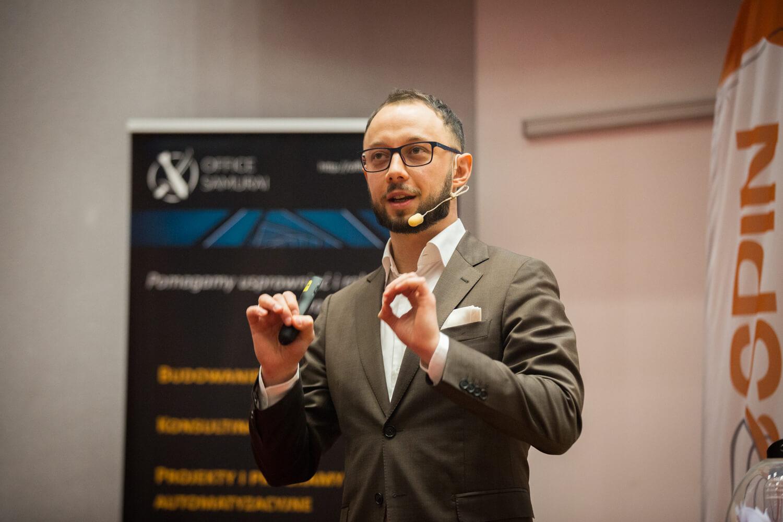 Andrzej Krótki, Relacja zkonferencji SPIN 2020